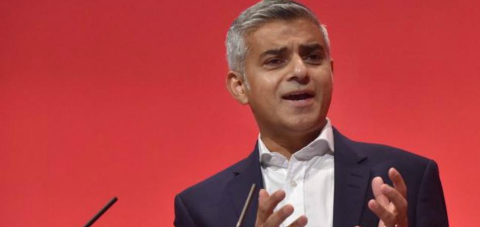 Muçulmano, de esquerda e filho de motorista de ônibus é novo prefeito de Londres 2