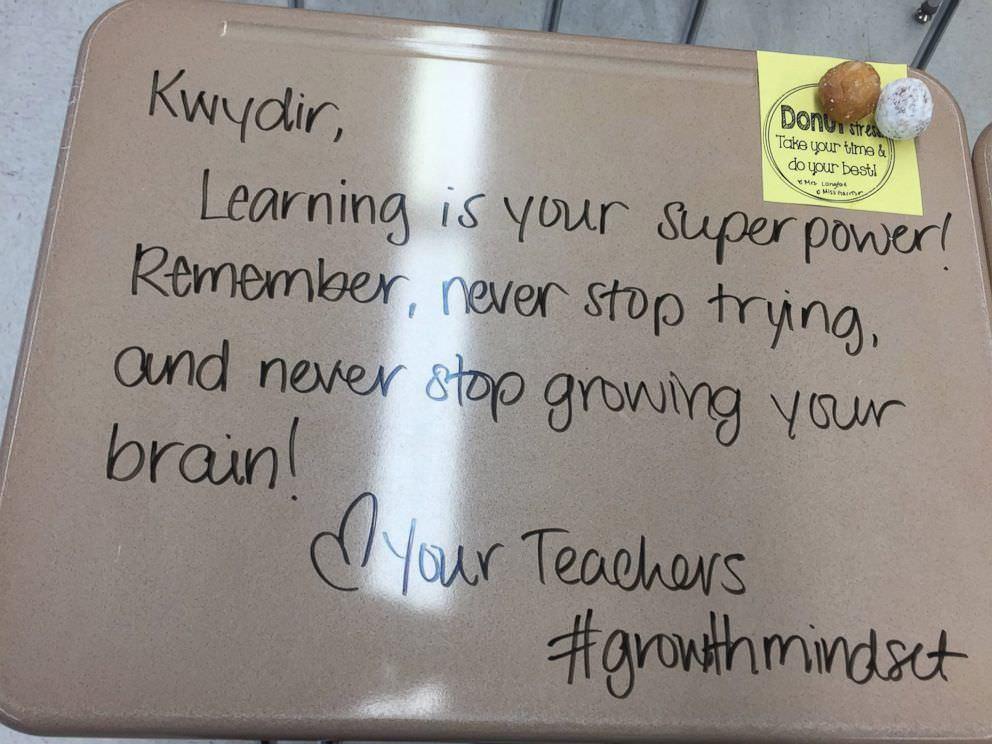 """""""Kwydir, aprender é o seu superpoder. Lembre-se: nunca pare de tentar e nunca pare de fazer o seu cérebro crescer."""""""