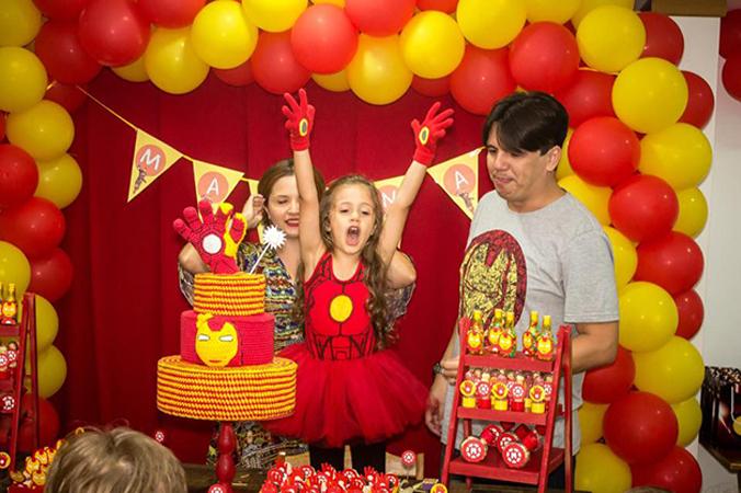Menina de 4 anos escolhe super-herói como tema da sua festa de aniversário 1