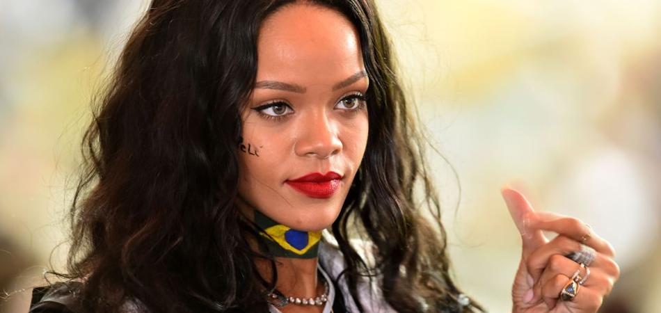 Rihanna lança programa de bolsas de estudos nos EUA para universitários do Brasil e outros países 1