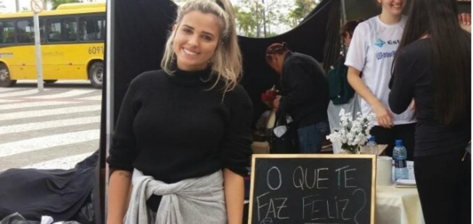 Jovem estudante de moda cria loja para moradores de rua em Florianópolis 4