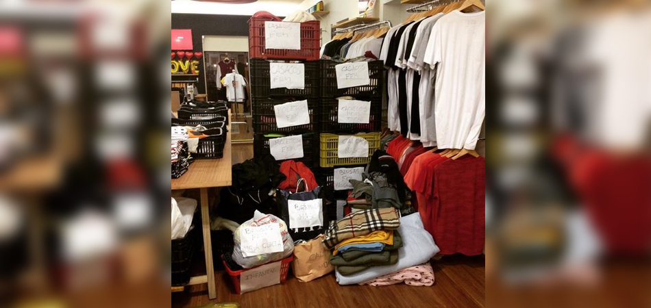 "Dono de loja se ""vinga"" de assalto doando 400 roupas para moradores de rua 2"