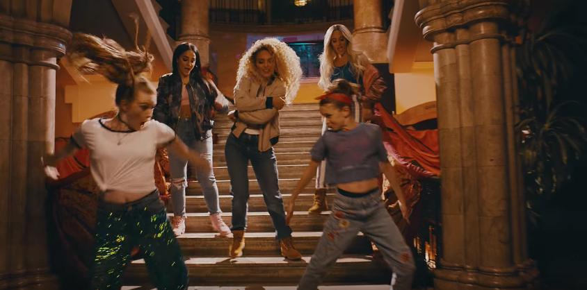 Vídeo com música das Spice Girls é refilmado para promover o empoderamento feminino 1
