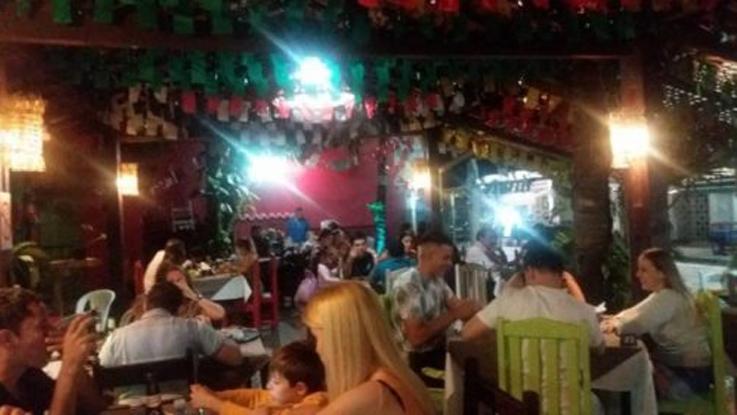 Dono de restaurante coloca turistas racistas para fora em Porto Seguro (BA) 1