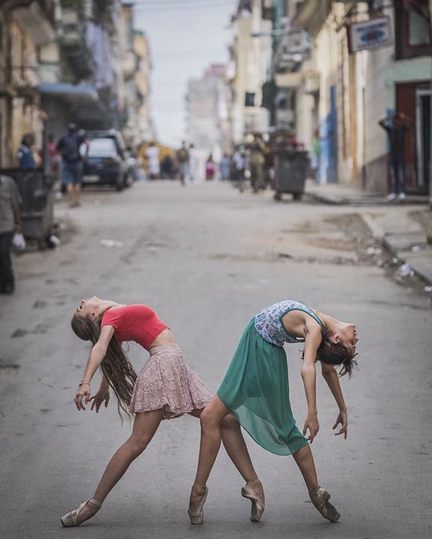 ballet-dancers-cuba-omar-robles-13-5714f5eb3102a__700