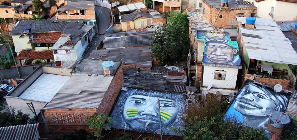 Artista transforma lajes de barracos em incríveis painéis de pintura 1