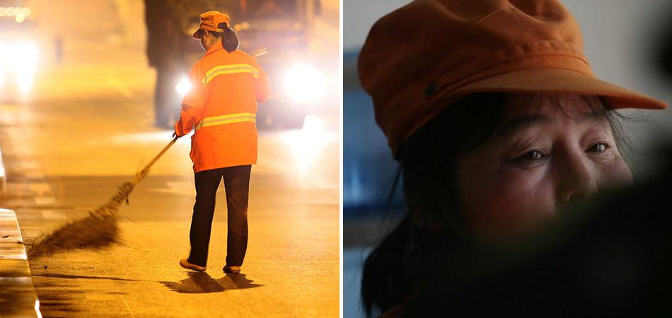 Milionária chinesa trabalha limpando as ruas para dar exemplo aos filhos 3