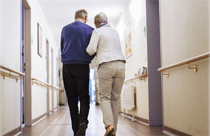 Vovó de 92 anos foge de clínica para ficar com seu grande amor 1
