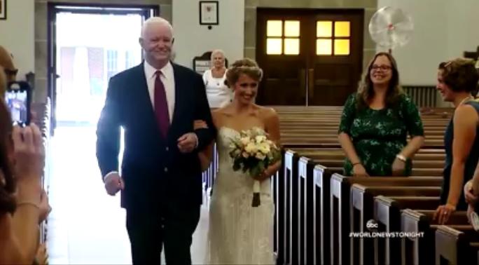 Noiva convida idoso que recebeu o coração do pai em transplante para levá-la até o altar 1