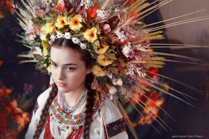 UkrainianHeaddress21