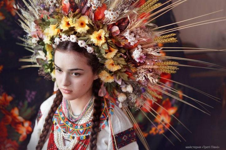 UkrainianHeaddress21