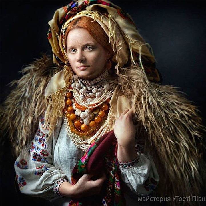 UkrainianHeaddress9