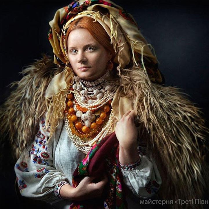 UkrainianHeaddress9