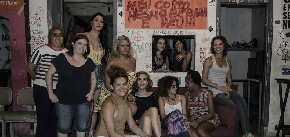 Projeto ajuda transexuais e travestis a conquistar educação e respeito 1