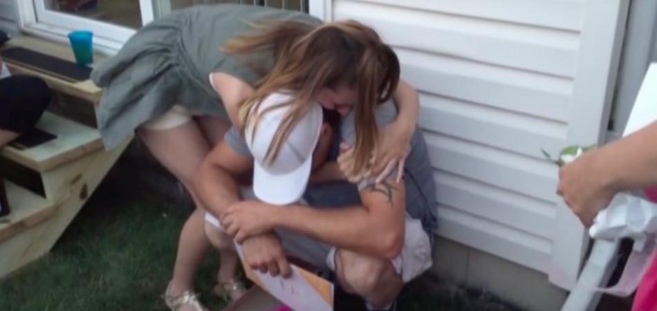 Vídeo emocionante mostra momento em que enteada pede que padrasto a adote 2
