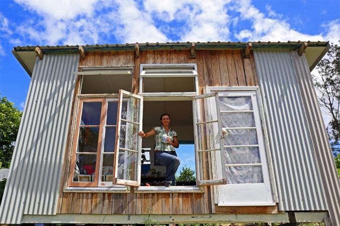 """""""Estou me sentindo muito melhor"""", diz australiana que vive sem dinheiro há um ano 1"""