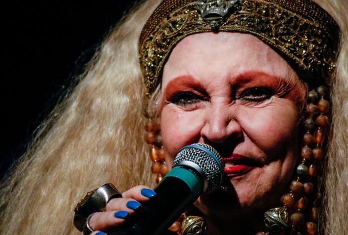 Elke Maravilha se foi e nos deixa um legado de alegria e amor pela vida e pelo Brasil 1