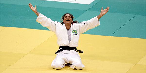 Judoca Rafaela Silva vence racismo, pobreza e conquista medalha de ouro para o Brasil! 4