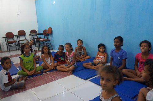 yoga-na-periferia4-e1471915162571