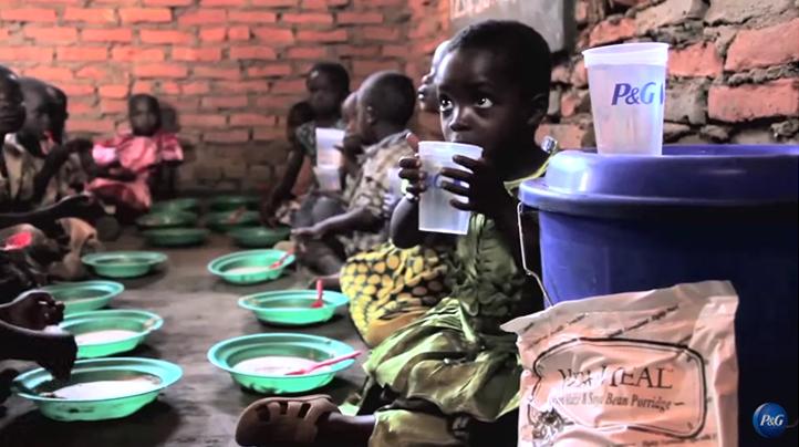 P&G e Walmart lançam a terceira edição do programa Água Pura Para Crianças 5