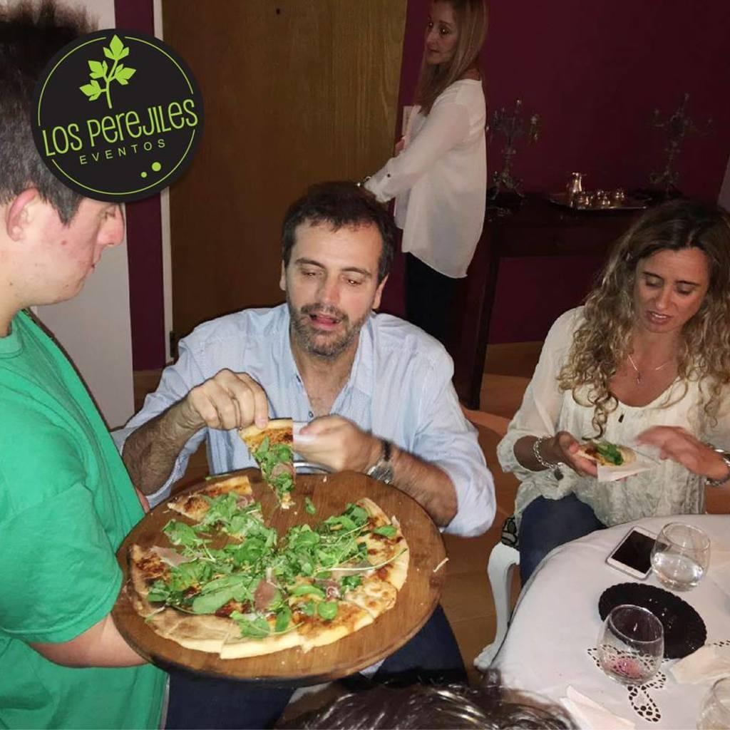 large_meninos_pizza