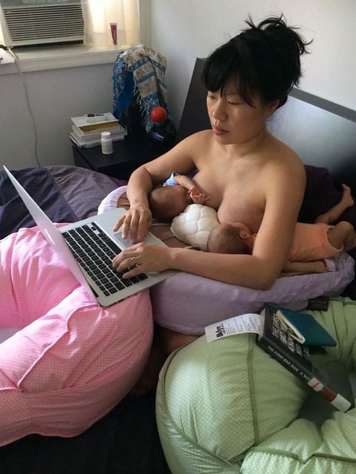 madre-trabajando-amamantando-gemelos-hein-koh-1