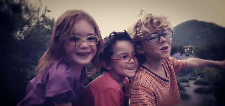 Óticas Carol disponibiliza óculos de grau por 49 reais para crianças de  escola pública - Razões para Acreditar e55ad5c030