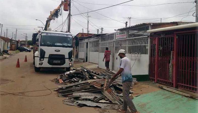 Detentos do DF vão reconstruir 17 escolas atingidas por temporal e poderão diminuir sua pena 1