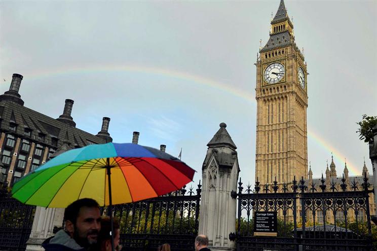 Reino Unido vai pedir perdão a homossexuais condenados por sua orientação sexual 1