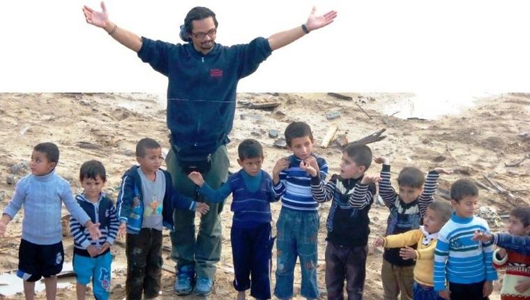 Brasileiro vai ao Iraque oferecer atividades para crianças vítimas da guerra 1