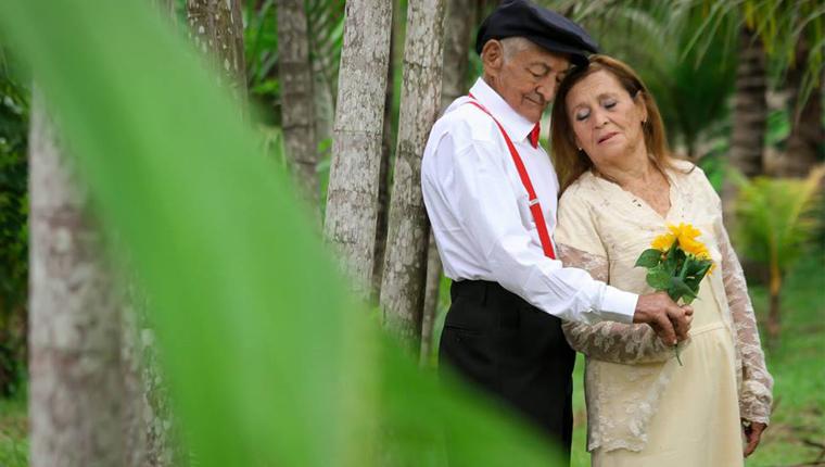 Casal junto há mais de 50 anos ganha ensaio encantador 6