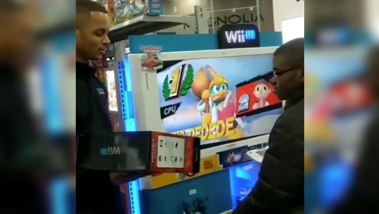 Funcionários compram videogame para garoto que ia jogar na loja todos os dias 5