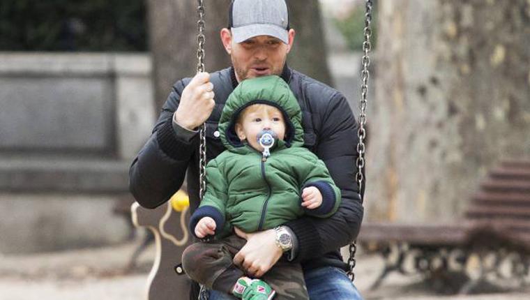 Michael Bublé pausa carreira para cuidar do filho de 3 anos com câncer 1