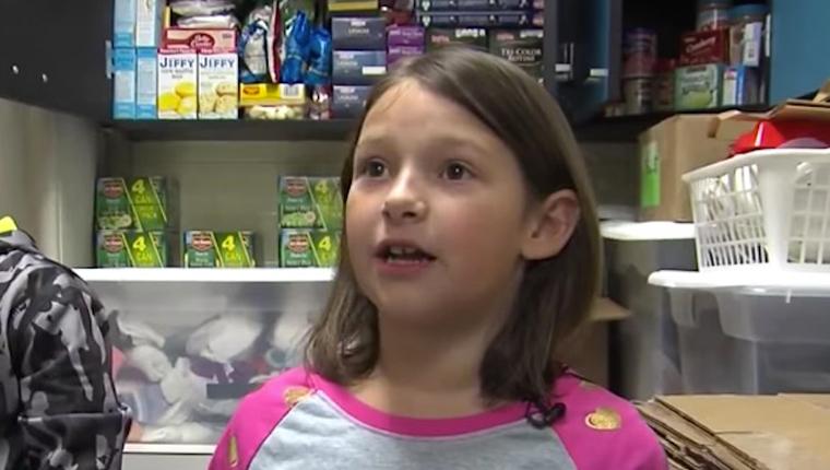 Menina acha bilhete de loteria e usa dinheiro para alimentar moradores em situação de rua 1