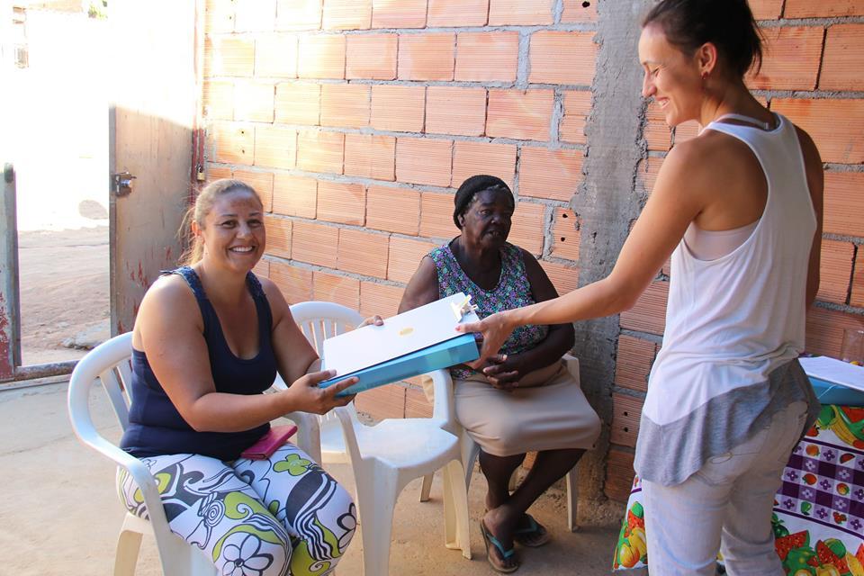 Projeto ensina mulheres de baixa renda a construir e reformar suas moradias em BH 2