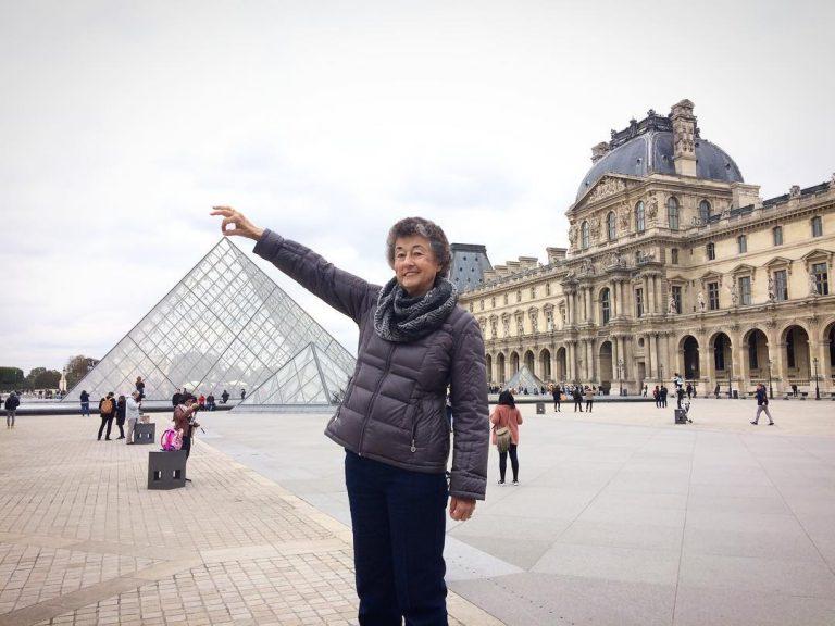 filho faz viagem para Europa para agradecer sua mãe 4
