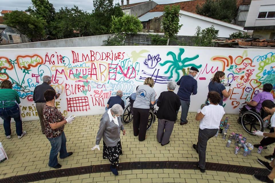 Projeto 'Lata 65' ensina idosos a arte do grafite em Lisboa 7