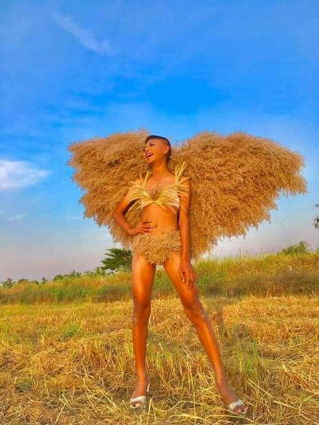 Garoto recria looks deslumbrantes inspirados na marca Victoria's Secret 2