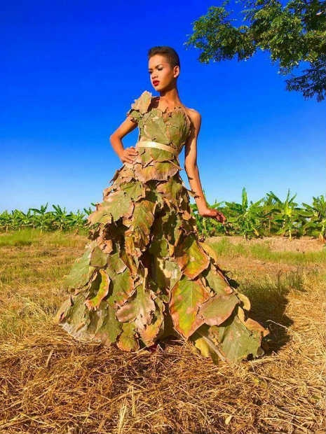 Garoto recria looks deslumbrantes inspirados na marca Victoria's Secret 18