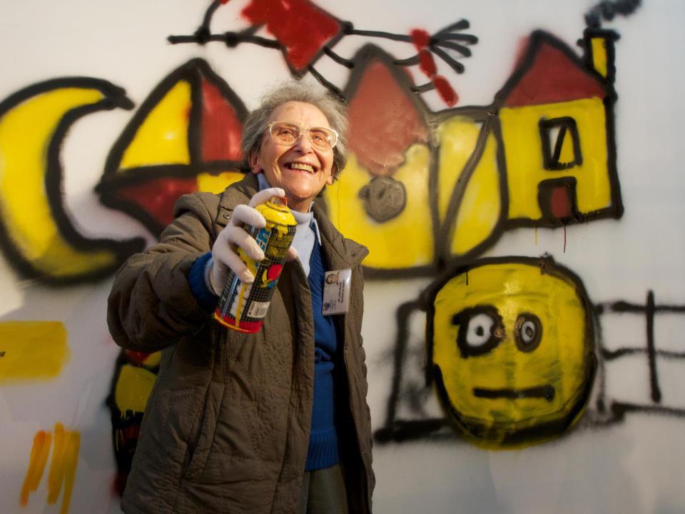 Projeto 'Lata 65' ensina idosos a arte do grafite em Lisboa 3