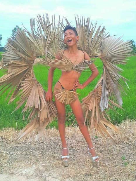 Garoto recria looks deslumbrantes inspirados na marca Victoria's Secret 6