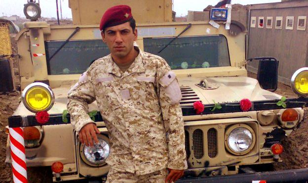 Btoo era sargento no exército iraquiano