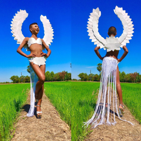 Garoto recria looks deslumbrantes inspirados na marca Victoria's Secret 27