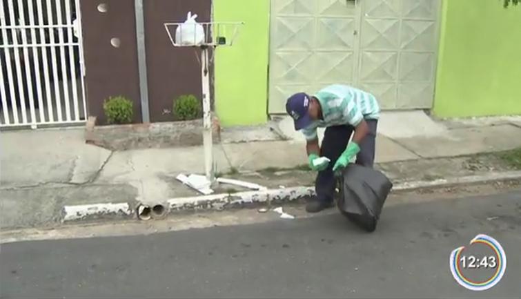 Morador de Pindamonhangaba constrói e distribui lixeiras pela cidade 3