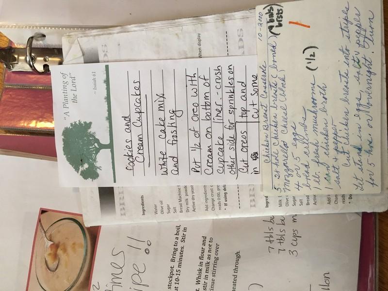 Designer refaz antigo caderno de receitas da mãe e o resultado é sensacional 5