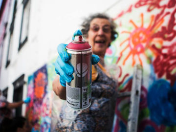 Projeto 'Lata 65' ensina idosos a arte do grafite em Lisboa 5