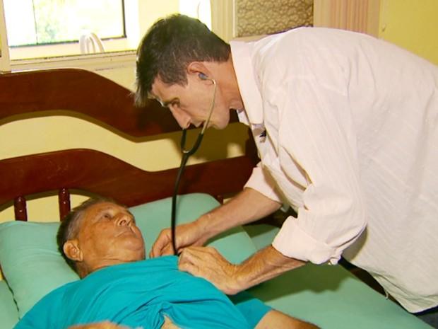 Ex-lavrador que passou fome na infância se forma médico em Minas 4
