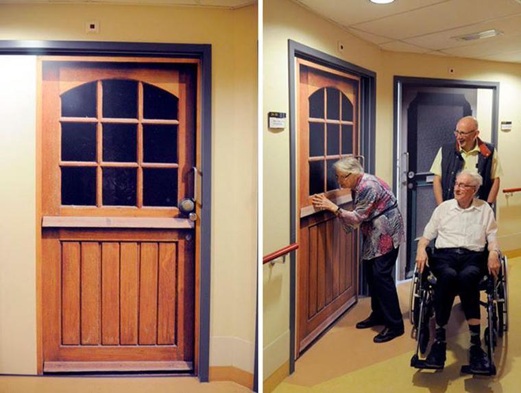Empresa recria portas de idosos internados com demência para que possam se sentir em casa 14