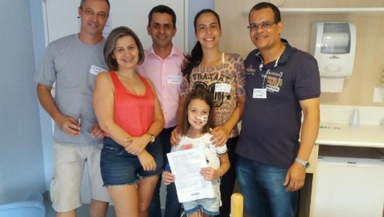 Policiais doam prêmio da Mega da Virada para custear tratamento de menina em Santo André (SP) 1