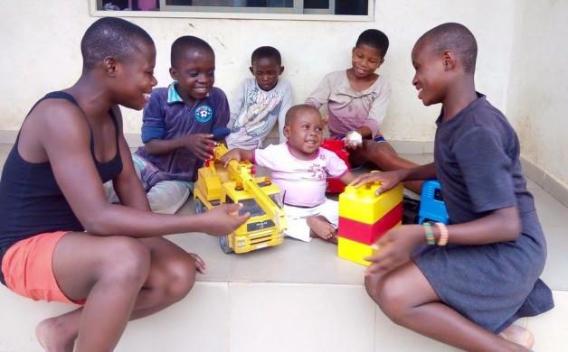 O primeiro dia de aula do menino desnutrido que foi resgatado há um ano 3